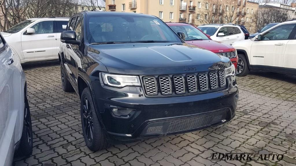 Jeep Grand Cherokee Night Eagle przód